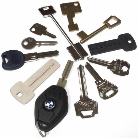 Copias Duplicado LLaves Puertas, Garajes, Parking, Comunidades, Buzones, Candados, Taquillas y Automóviles.