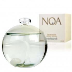 Noa de Cacharel, un aroma fresco y limpio para una mujer brillante.